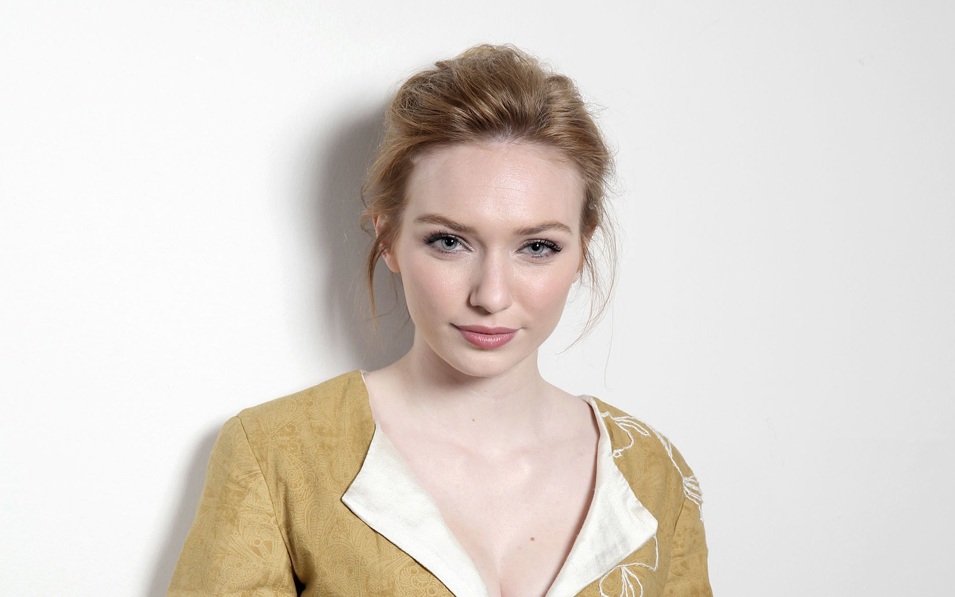 Nice wallpapers Eleanor Tomlinson 1920x1200px