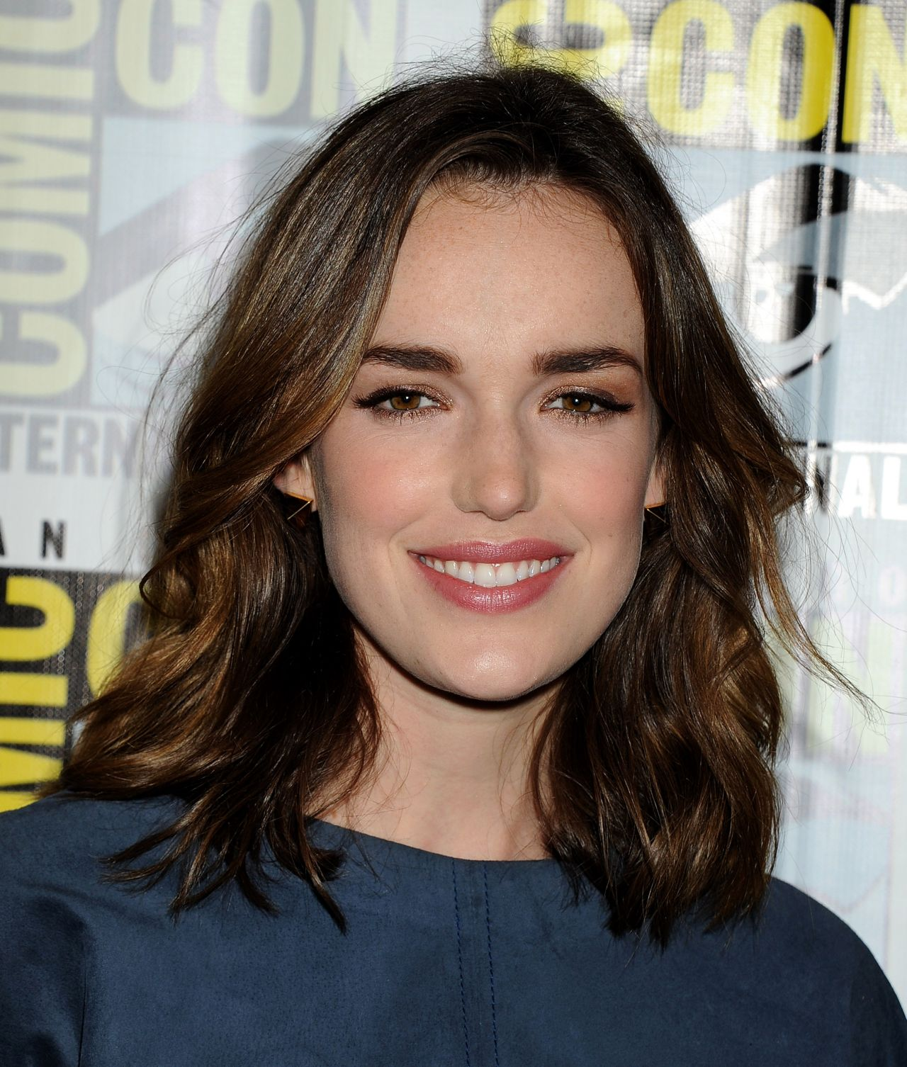 Images of Elizabeth Henstridge | 1280x1506