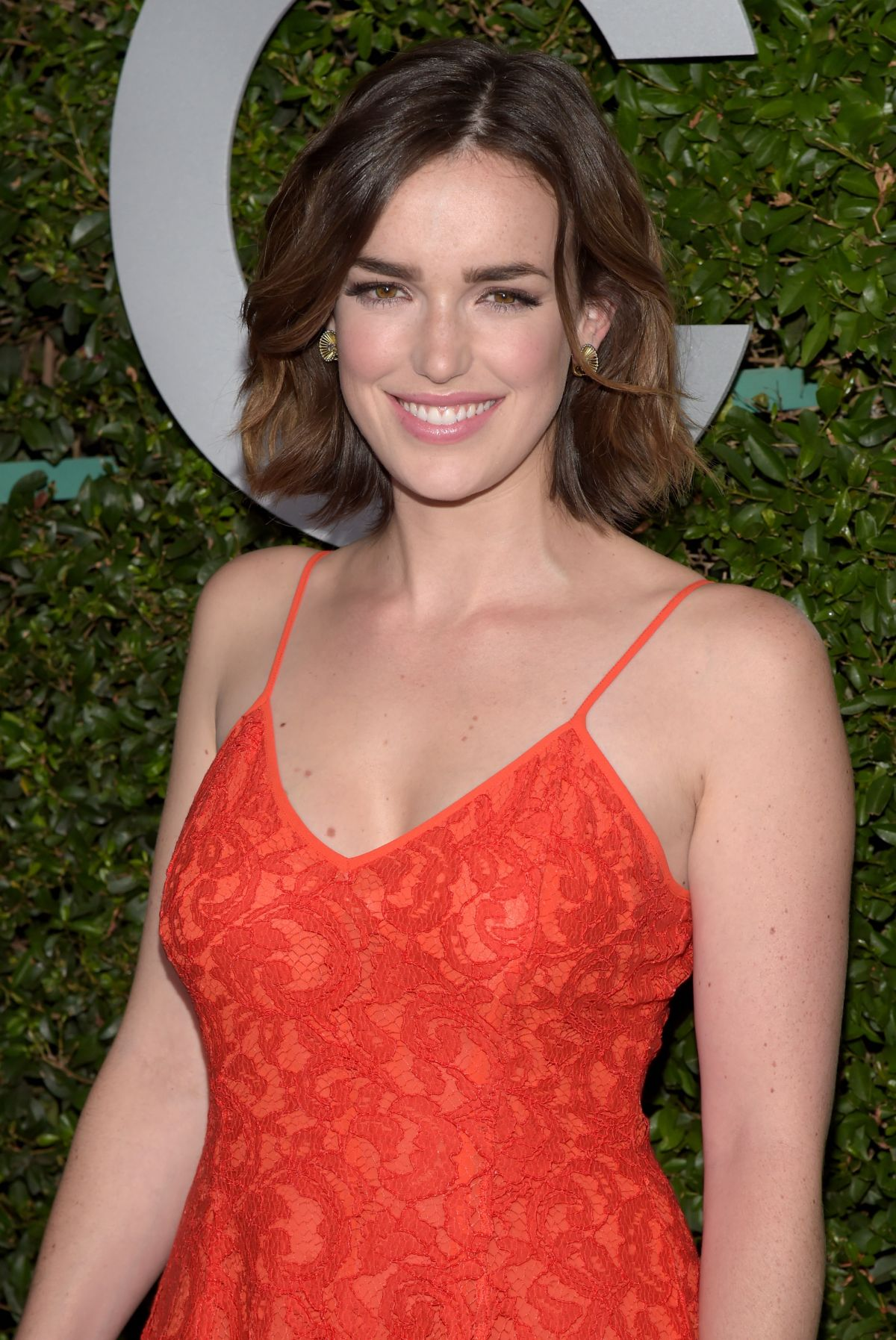 HD Quality Wallpaper | Collection: Celebrity, 1200x1795 Elizabeth Henstridge