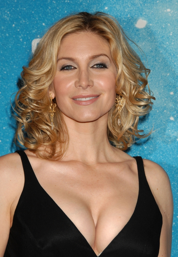Elizabeth Mitchell Backgrounds on Wallpapers Vista