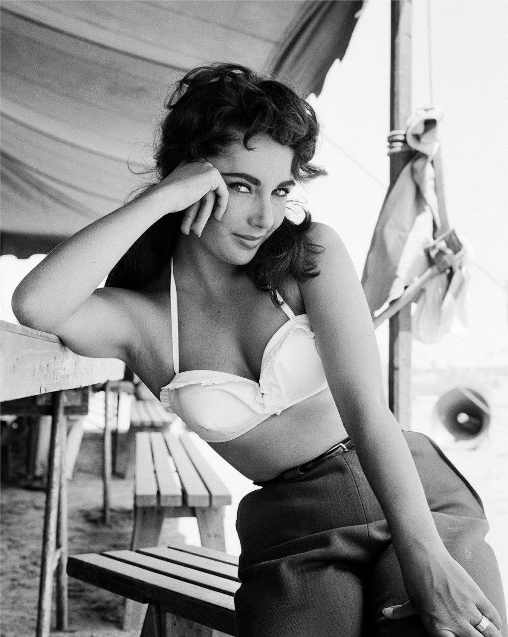 Elizabeth Taylor Backgrounds on Wallpapers Vista