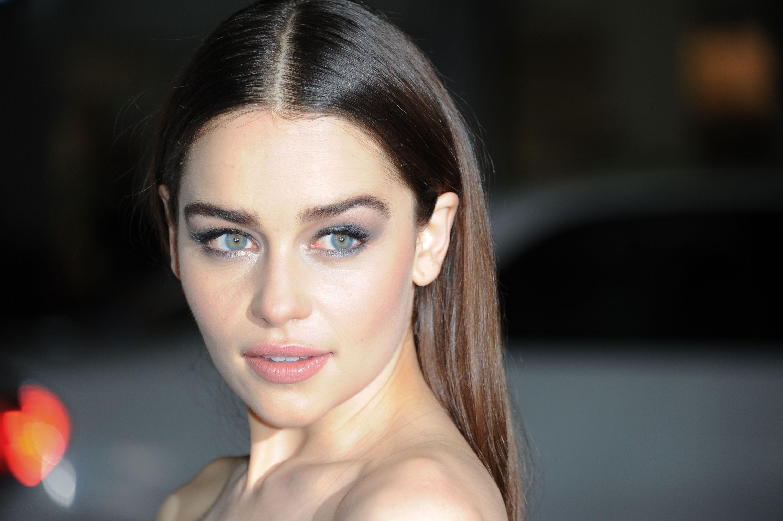 Emilia Clarke Backgrounds on Wallpapers Vista