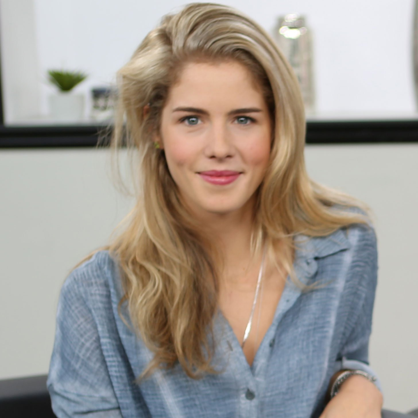 HD Quality Wallpaper | Collection: Celebrity, 1456x1456 Emily Bett Rickards