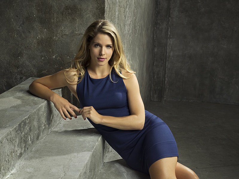 Emily Bett Rickards High Quality Background on Wallpapers Vista