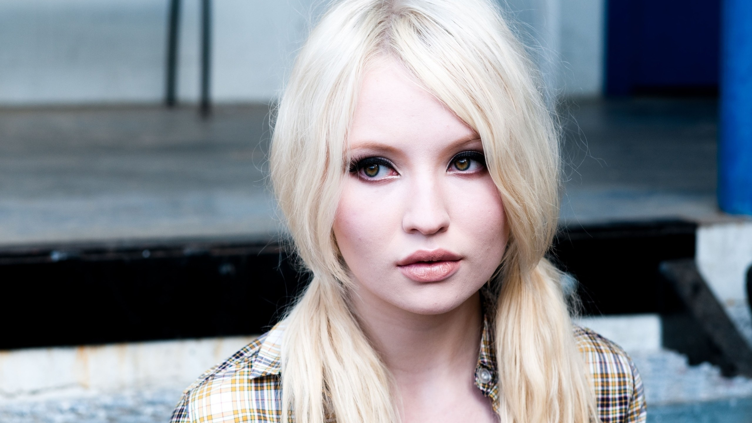 Emily Browning Backgrounds on Wallpapers Vista