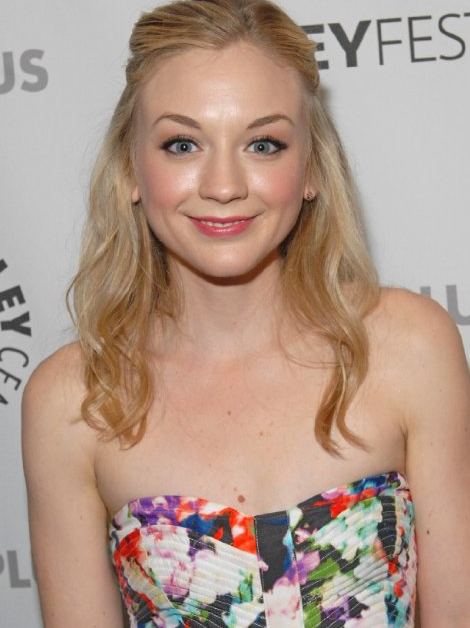 Amazing Emily Kinney Pictures & Backgrounds