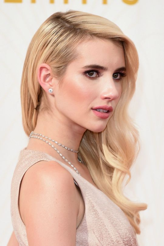 Emma Roberts High Quality Background on Wallpapers Vista
