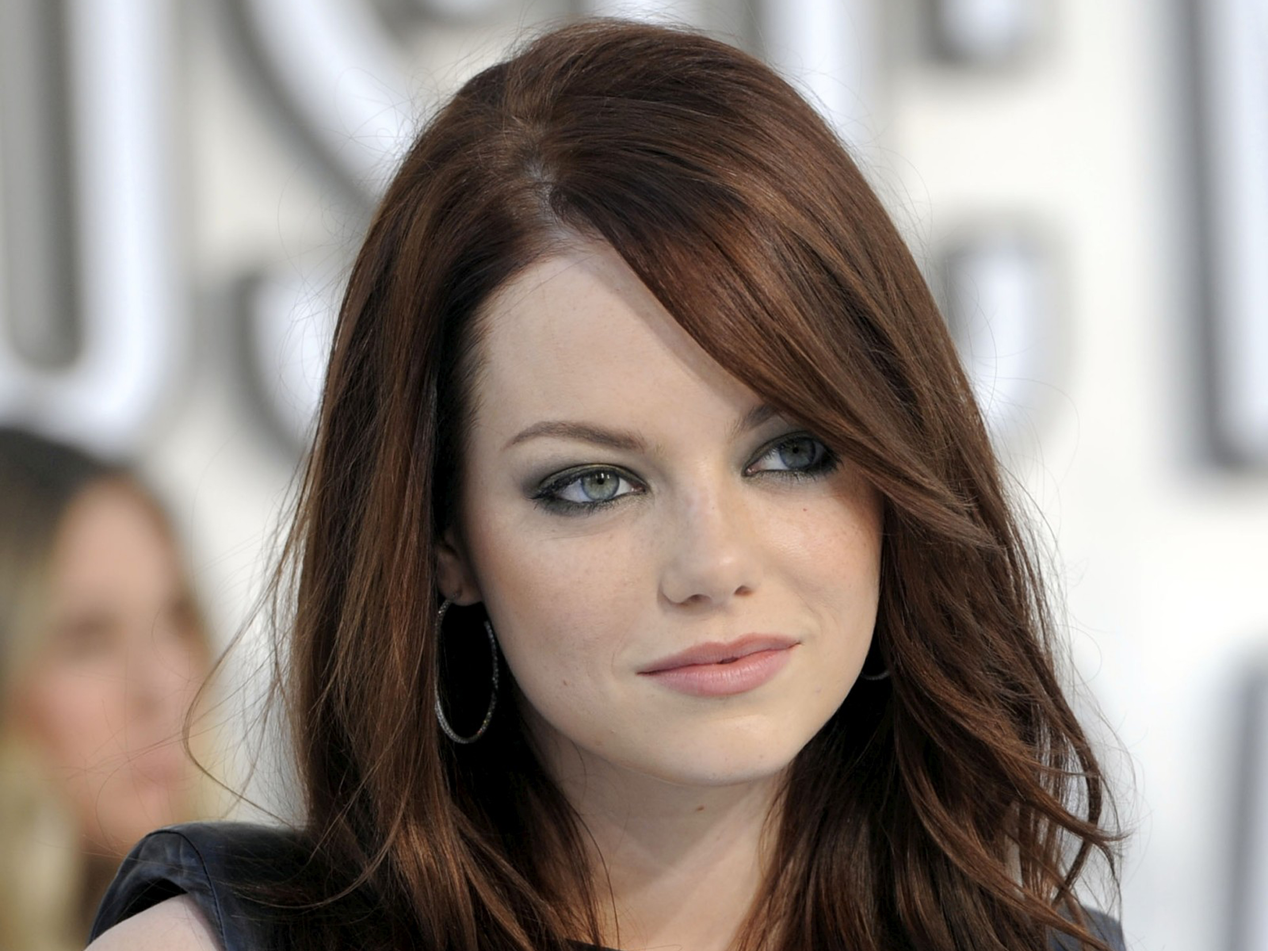 Emma Stone High Quality Background on Wallpapers Vista
