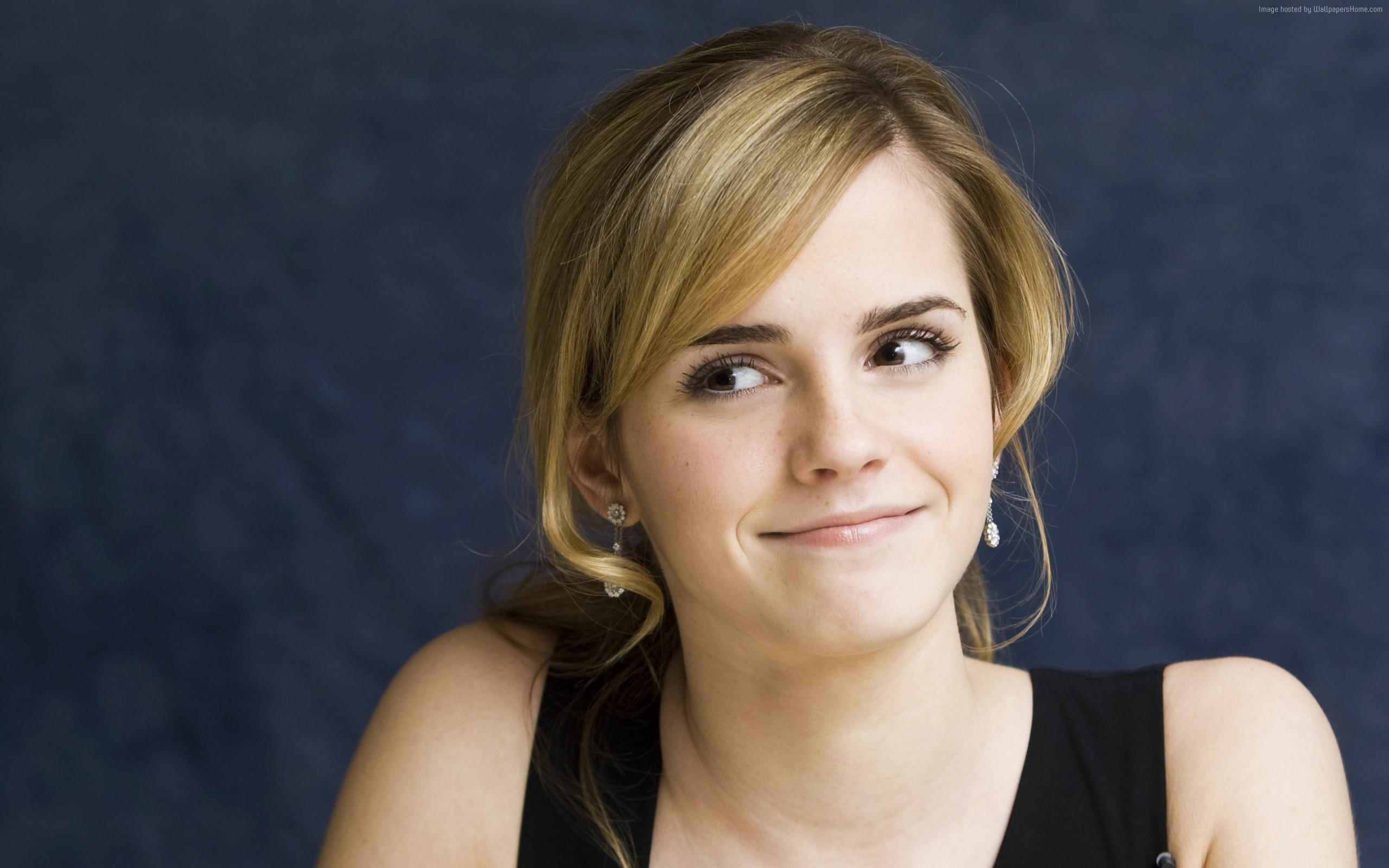 High Resolution Wallpaper | Emma Watson 2560x1600 px