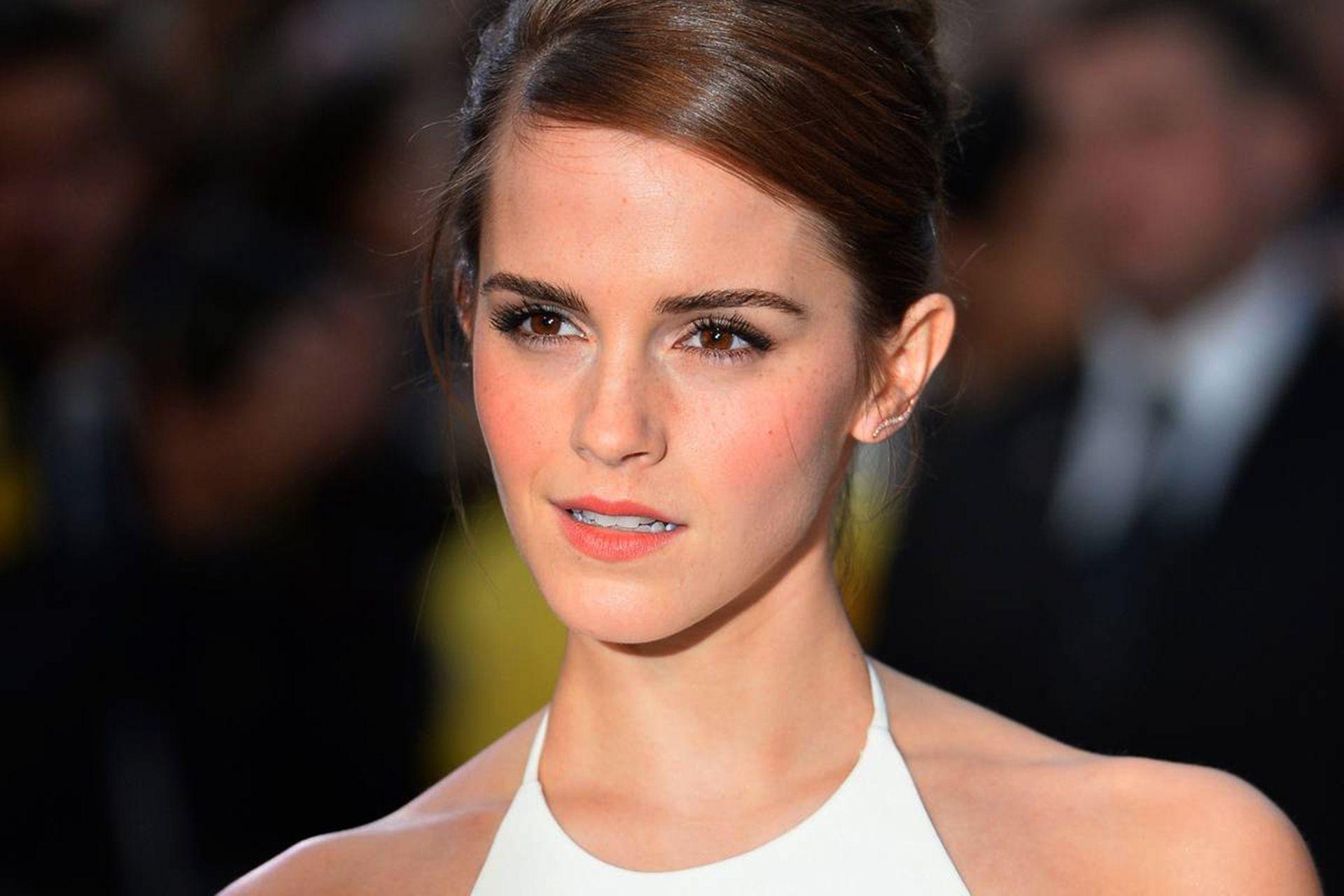 HQ Emma Watson Wallpapers | File 156.06Kb