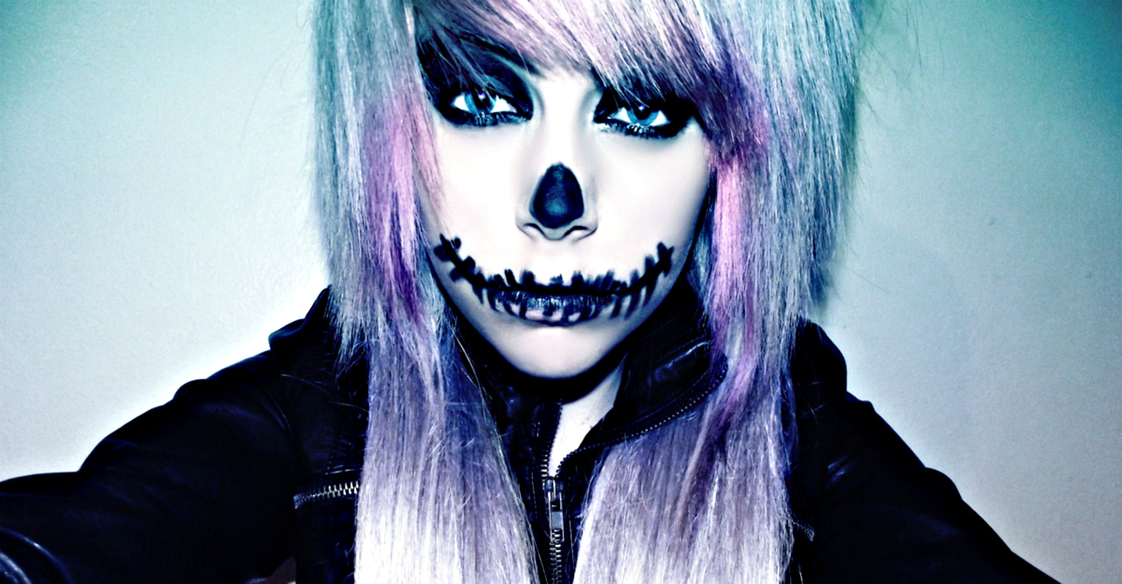 HD Quality Wallpaper | Collection: Dark, 2304x1200 Emo