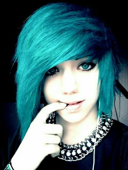 Amazing Emo Pictures & Backgrounds