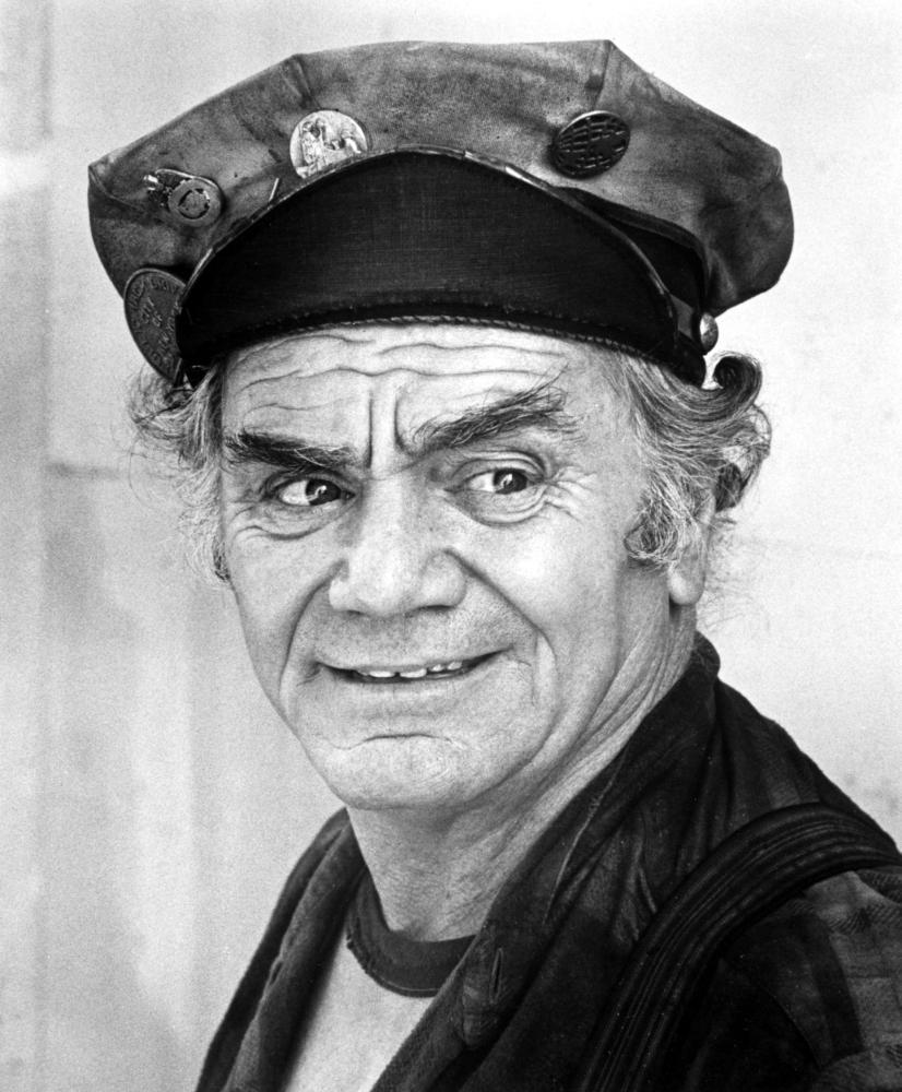 Nice wallpapers Ernest Borgnine 826x1000px