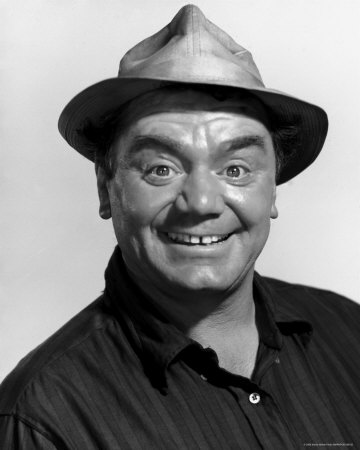HD Quality Wallpaper | Collection: Celebrity, 360x450 Ernest Borgnine