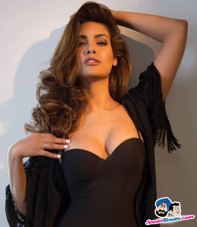 Esha Gupta Pics, Celebrity Collection