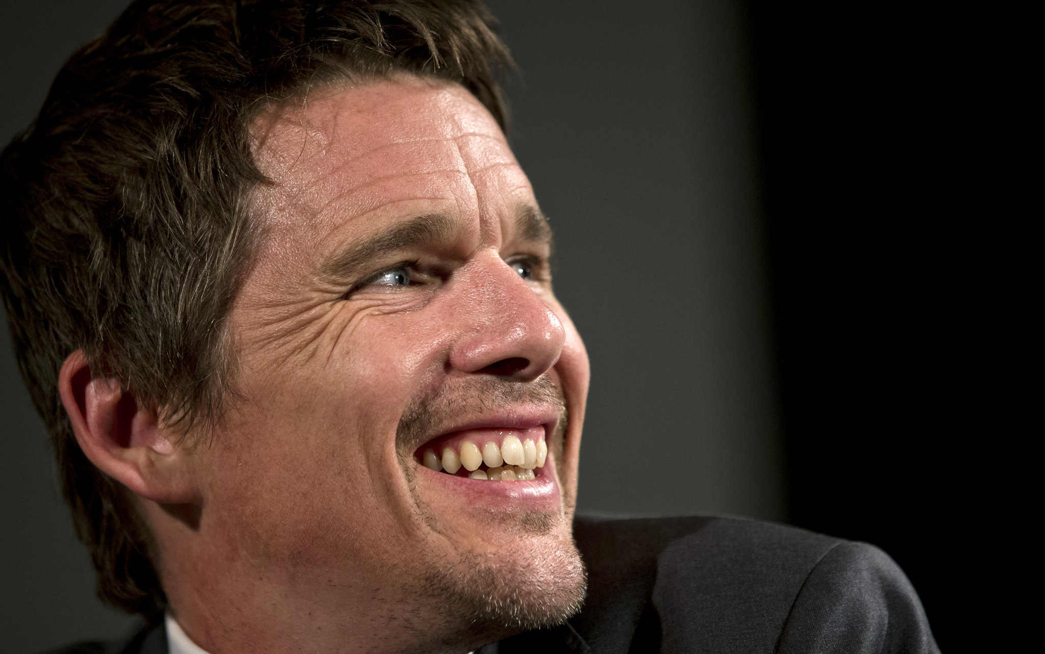 2048x1282 > Ethan Hawke Wallpapers