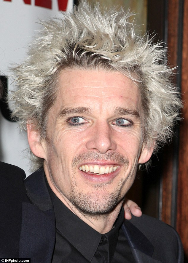 634x888 > Ethan Hawke Wallpapers