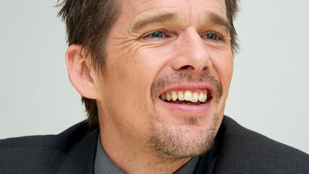 992x558 > Ethan Hawke Wallpapers