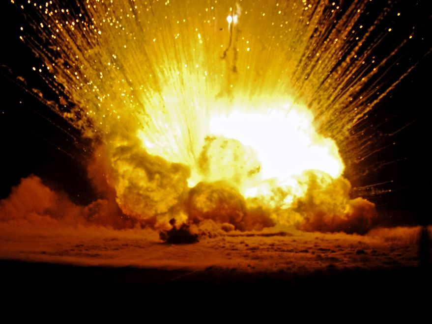 Images of Explosions | 879x660