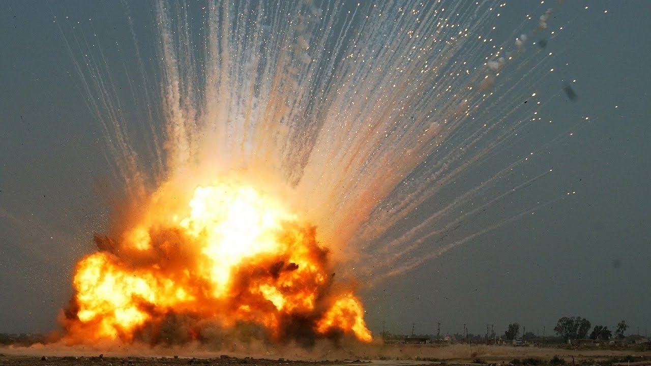 Amazing Explosion Pictures & Backgrounds