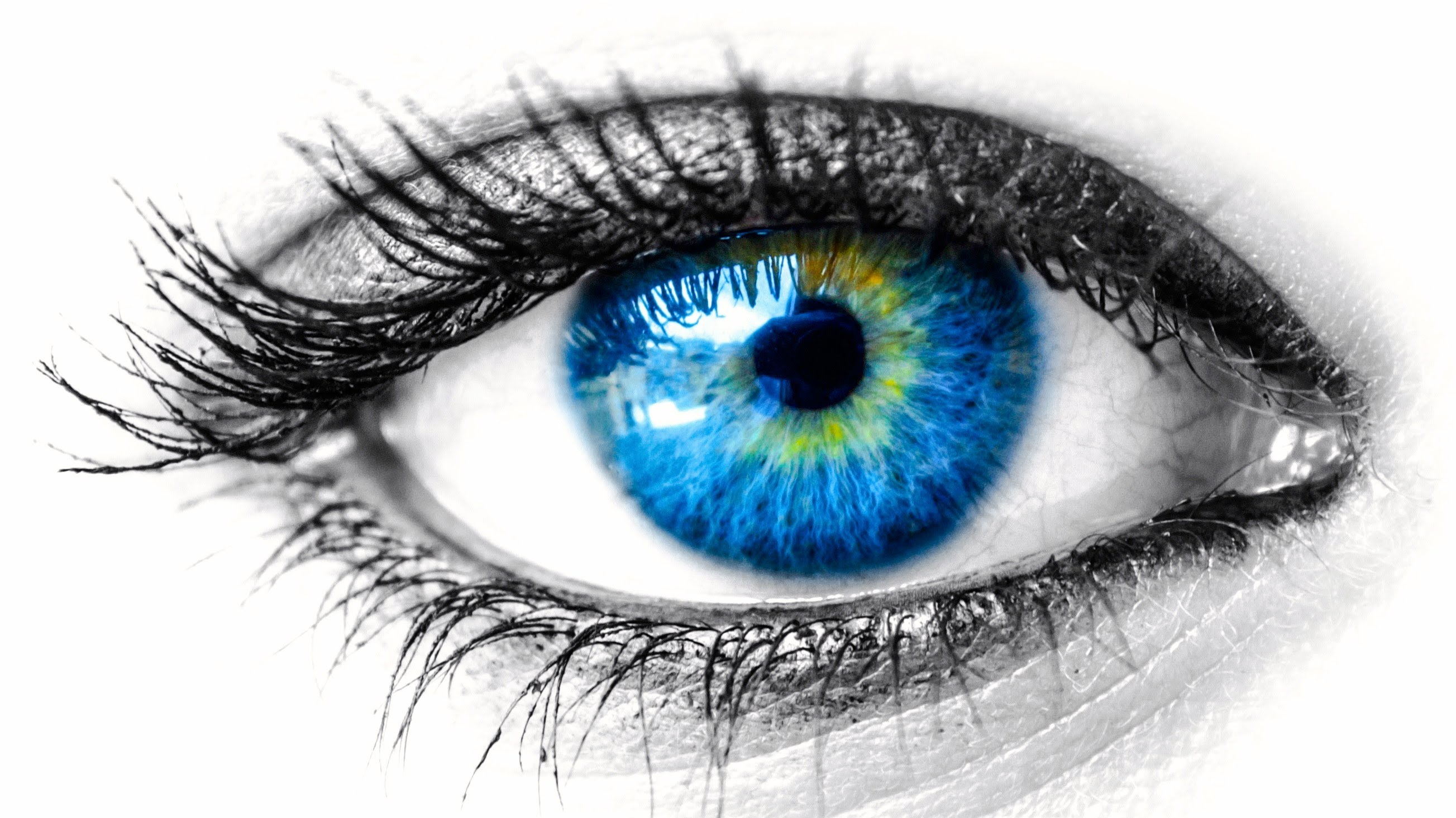 Nice Images Collection: Eyes Desktop Wallpapers