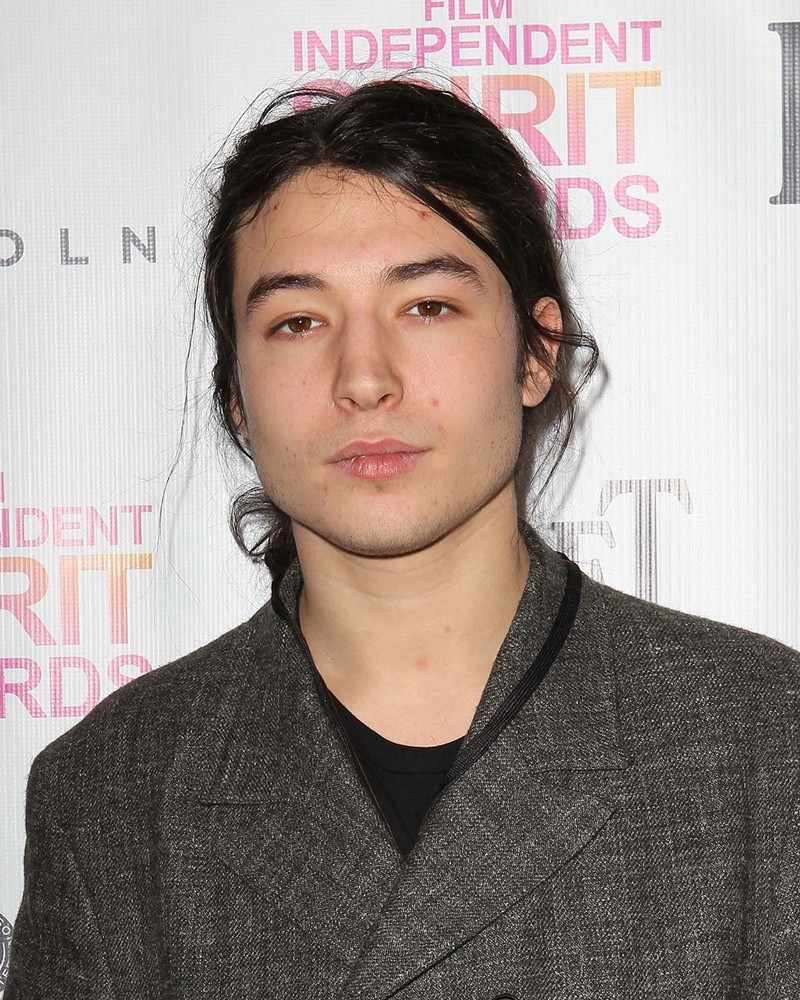 HD Quality Wallpaper | Collection: Celebrity, 800x1000 Ezra Miller