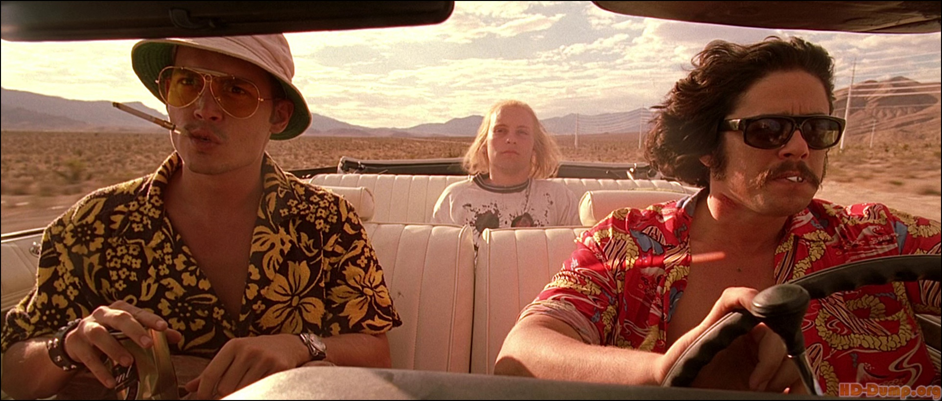 High Resolution Wallpaper | Fear And Loathing 1924x820 px