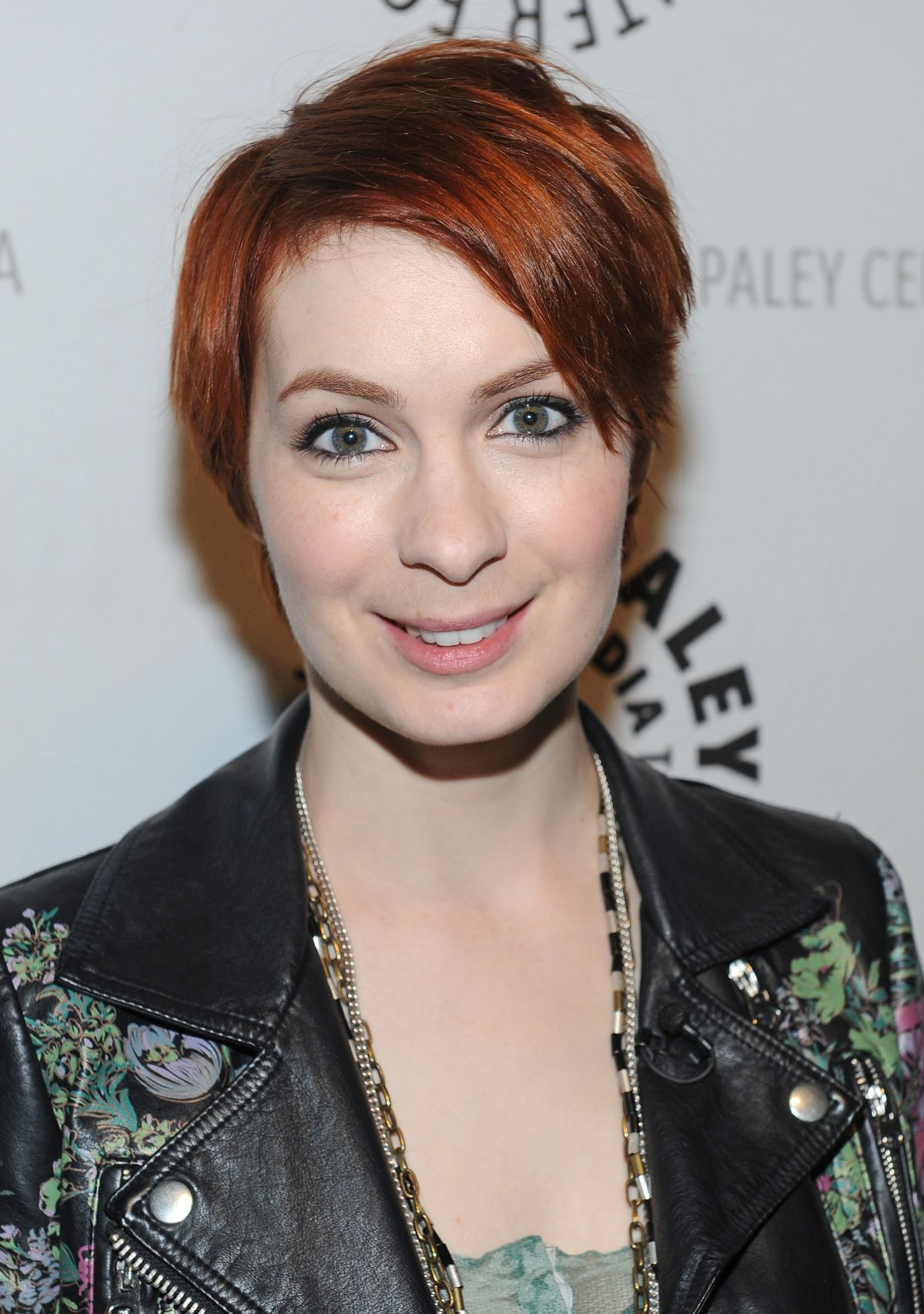 Images of Felicia Day | 1200x1706