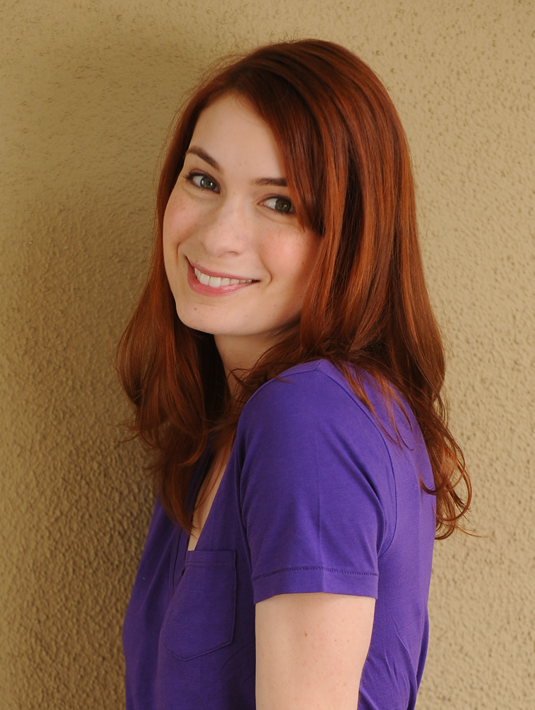 Amazing Felicia Day Pictures & Backgrounds