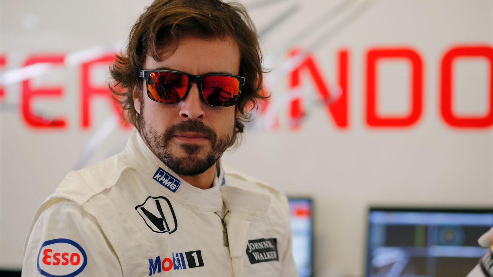 HD Quality Wallpaper | Collection: Sports, 1600x900 Fernando Alonso
