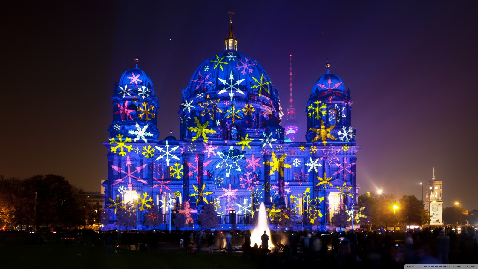 1600x900 > Festival Of Lights - Berlin Wallpapers