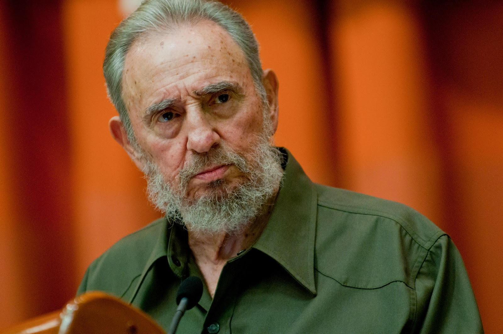 Images of Fidel Castro | 1600x1063