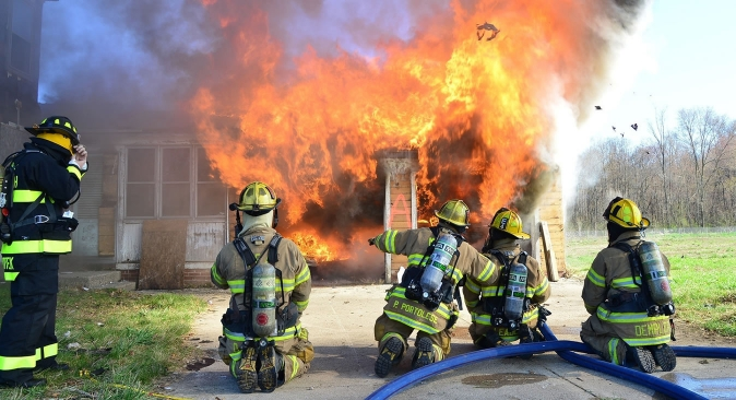 HQ Firefighter Wallpapers | File 231.73Kb