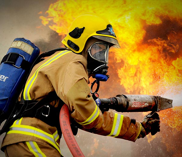 HQ Firefighter Wallpapers | File 70.28Kb