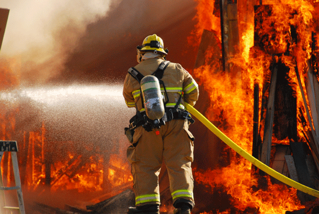 Amazing Firefighter Pictures & Backgrounds