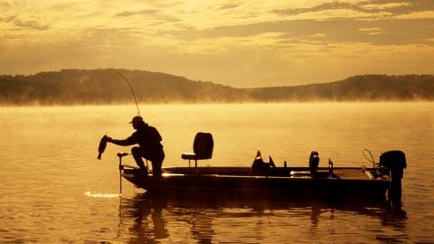 HQ Fishing Wallpapers | File 22.04Kb
