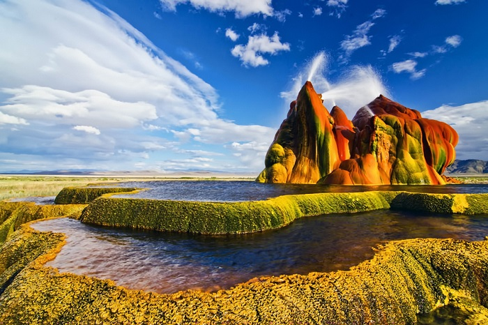 Nice Images Collection: Fly Geyser Desktop Wallpapers