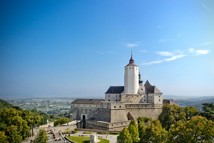 Amazing Forchtenstein Castle Pictures & Backgrounds