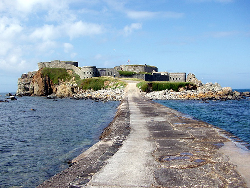 HD Quality Wallpaper | Collection: Man Made, 500x375 Fort Clonque
