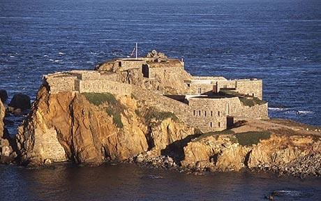 Images of Fort Clonque | 460x288