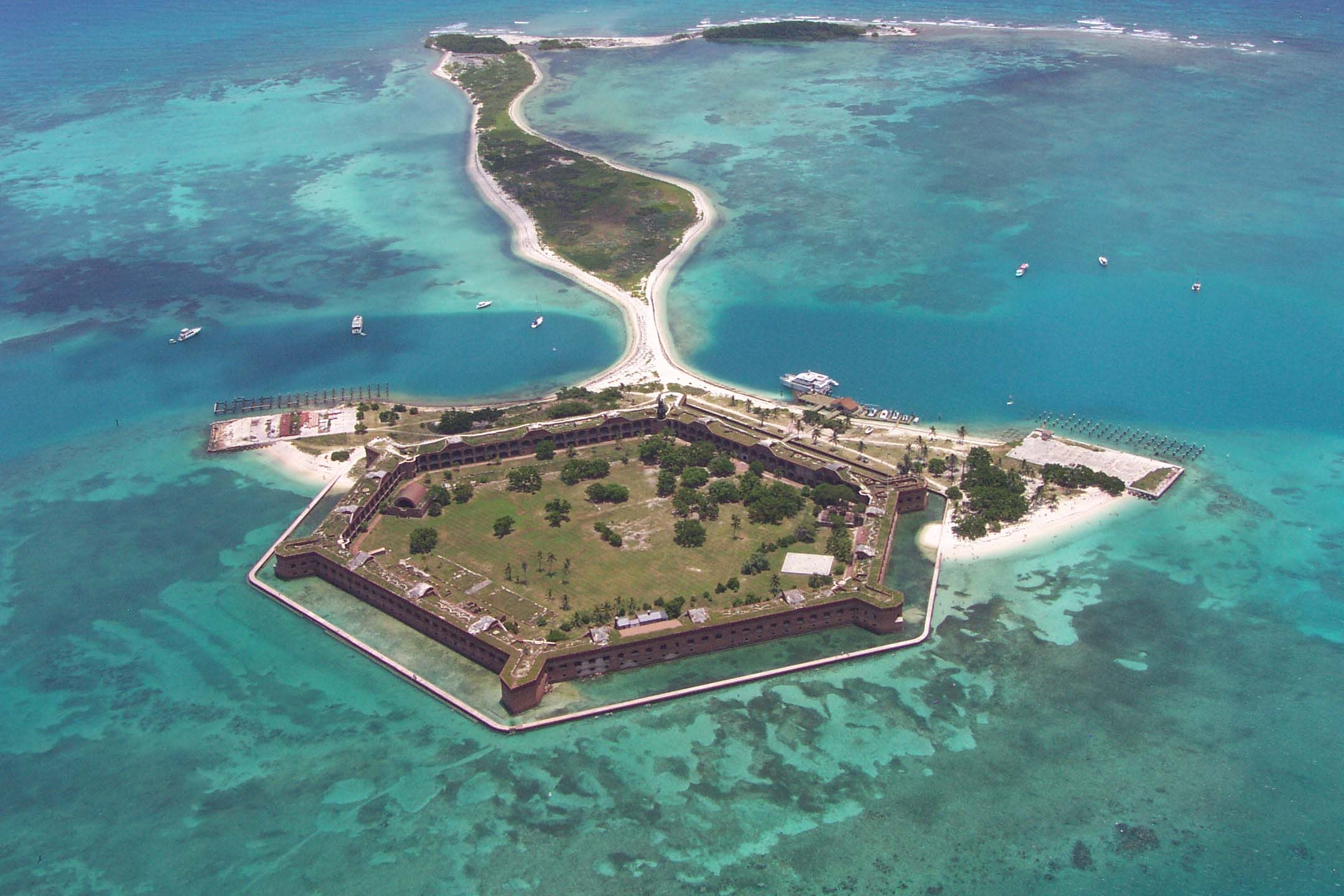 2160x1440 > Fort Jefferson Wallpapers