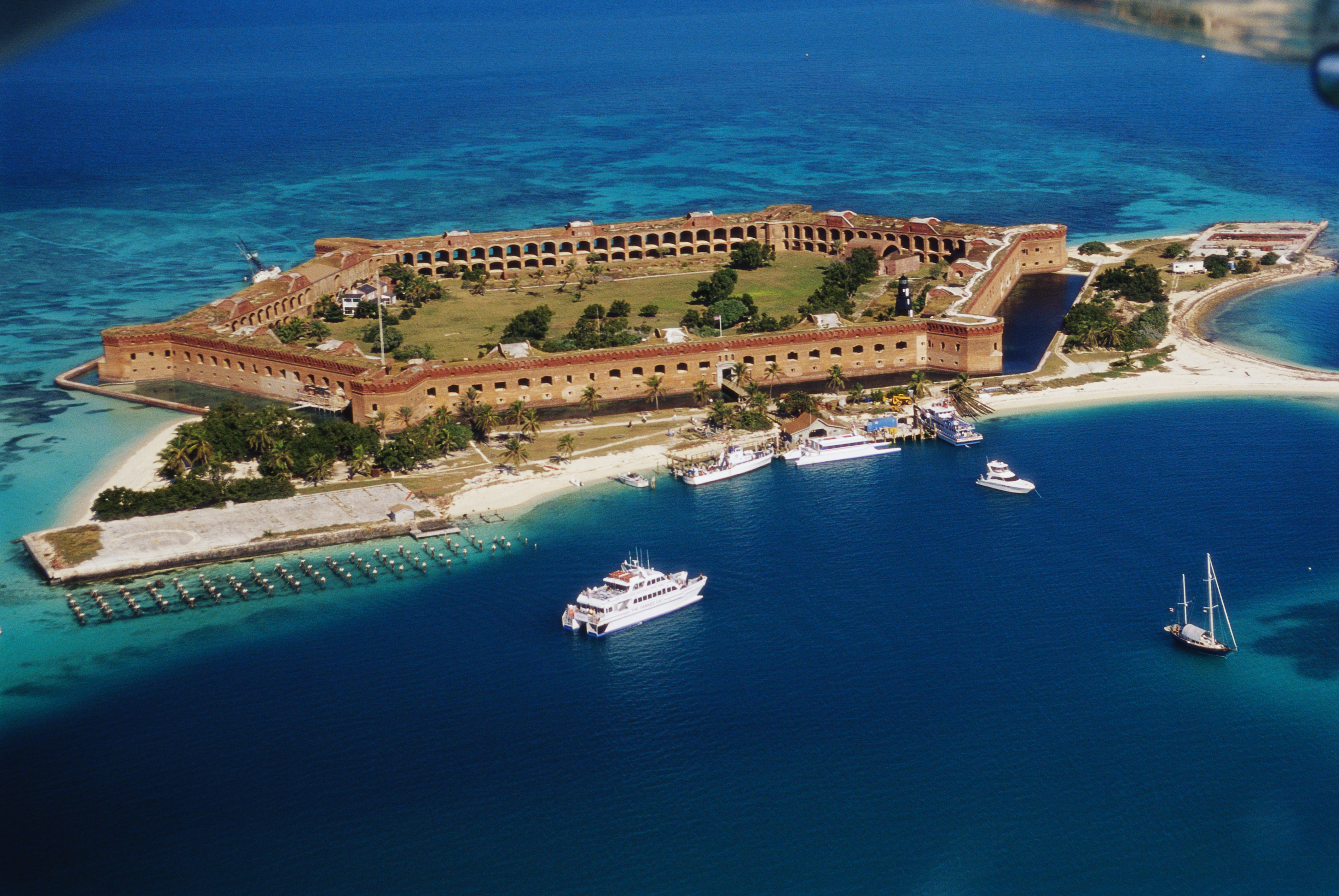 Fort Jefferson Backgrounds on Wallpapers Vista