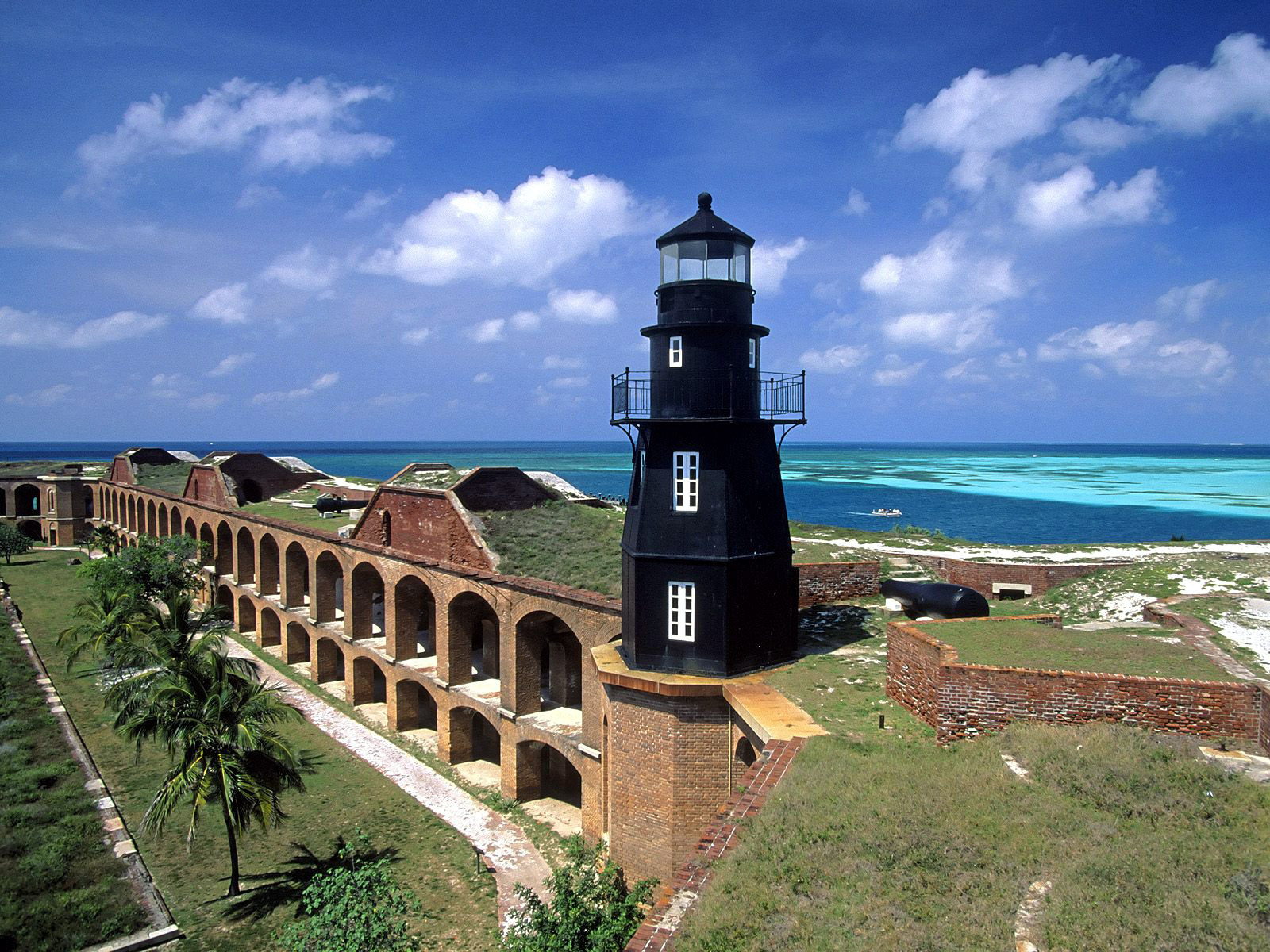 1600x1200 > Fort Jefferson Wallpapers
