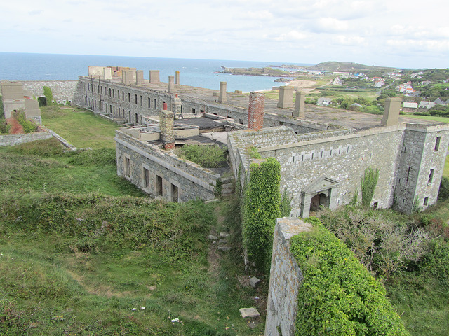 Fort Tourgis High Quality Background on Wallpapers Vista