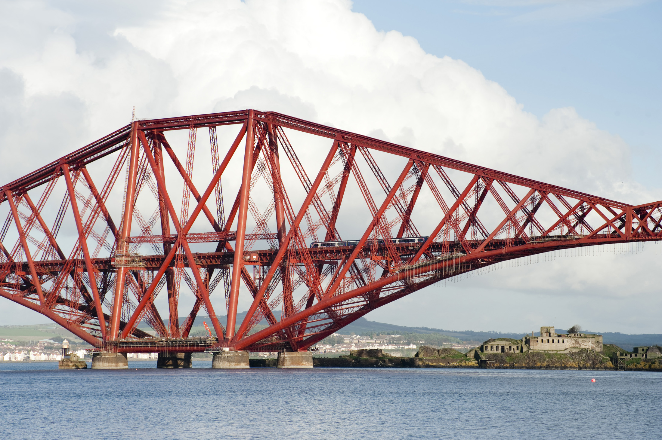 2200x1464 > Forth Bridge Wallpapers