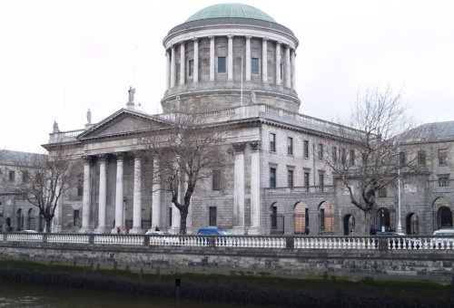 High Resolution Wallpaper | Four Courts 500x340 px