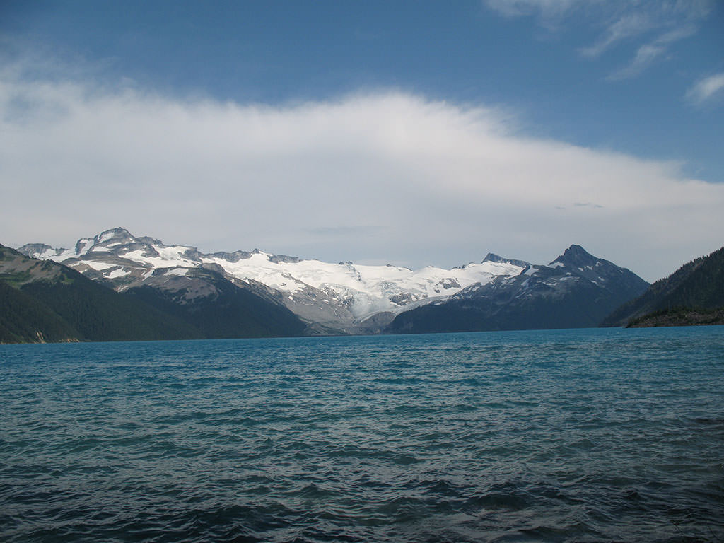 High Resolution Wallpaper   Garibaldi Lake 1024x768 px