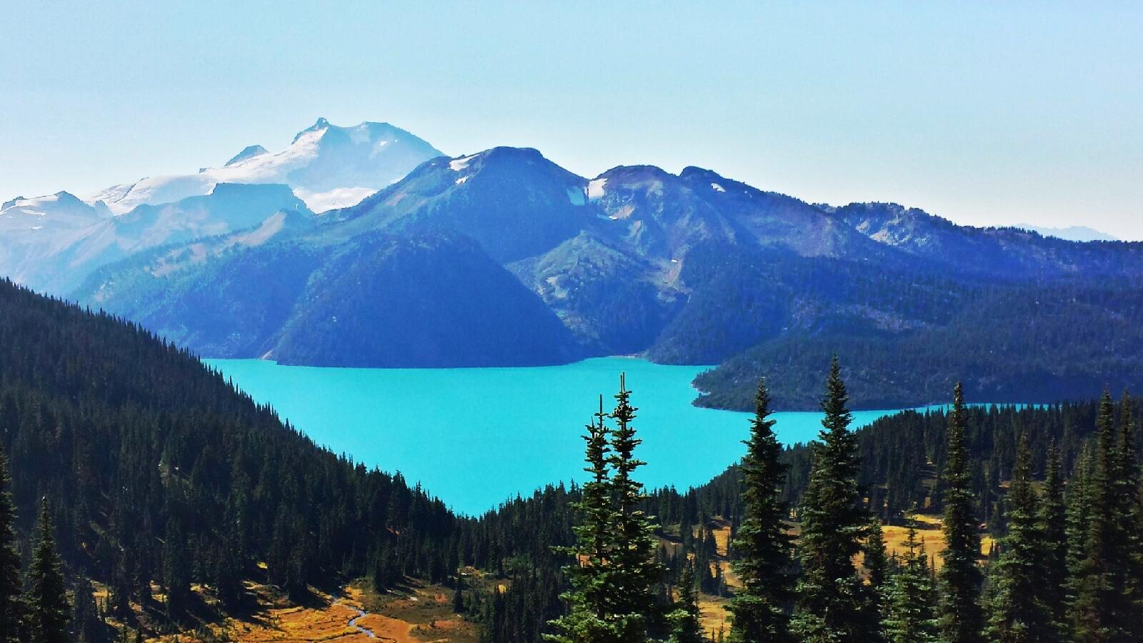 Images of Garibaldi Lake   1600x900