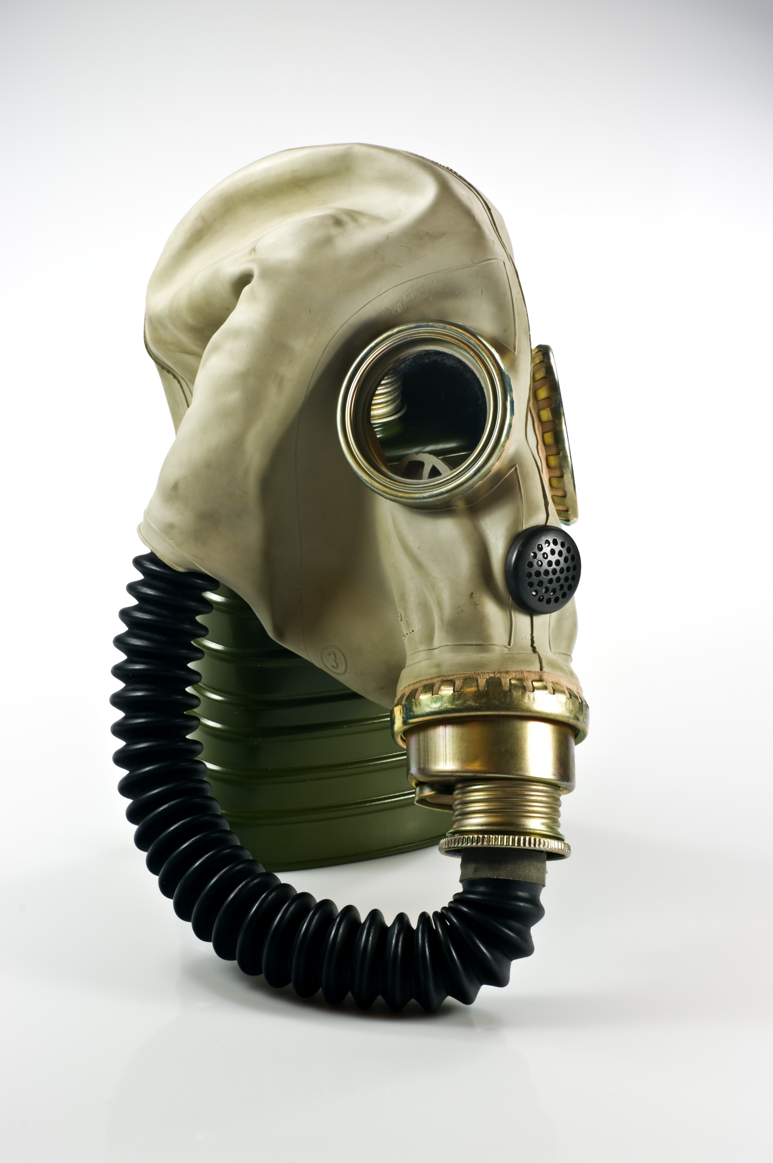 HQ Gas Mask Wallpapers | File 2464.97Kb