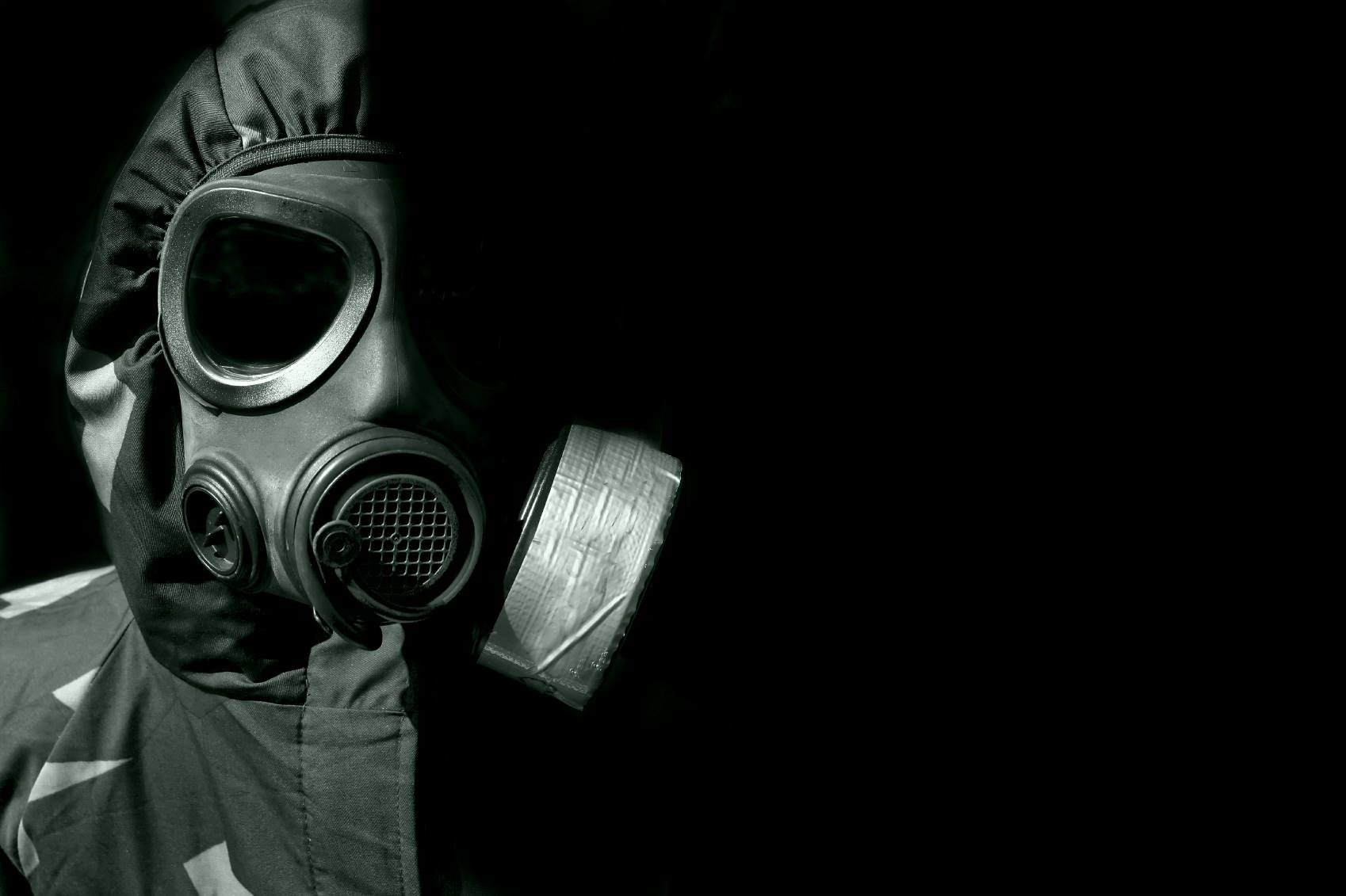 1698x1131 > Gas Mask Wallpapers